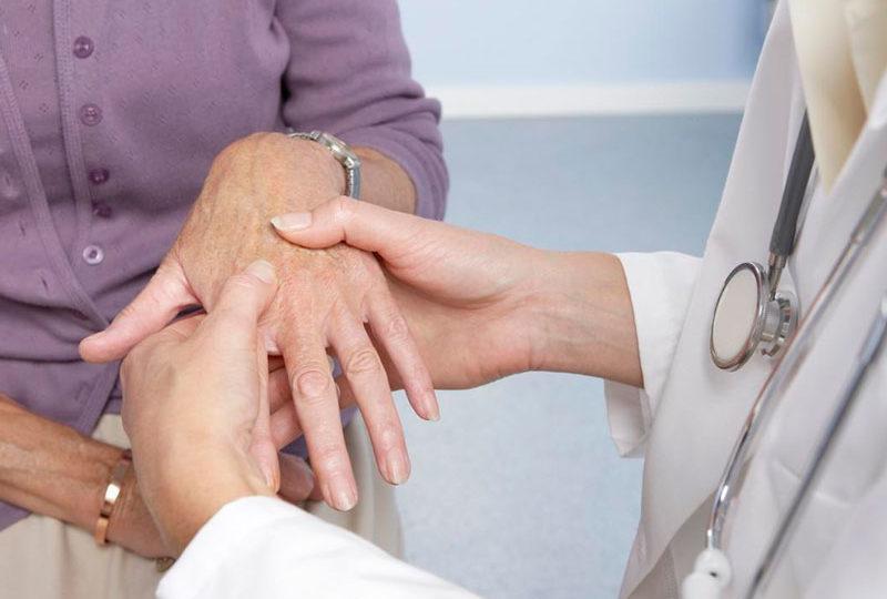 Реабилитация пожилых при артрите
