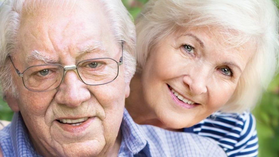 Как оформить опеку над пожилым родственником