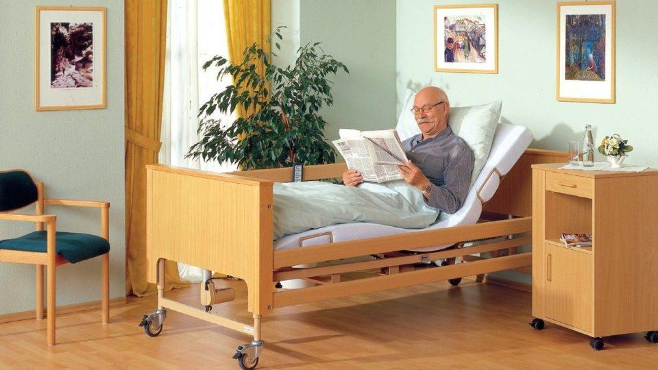 Массажные кровати для пожилых людей