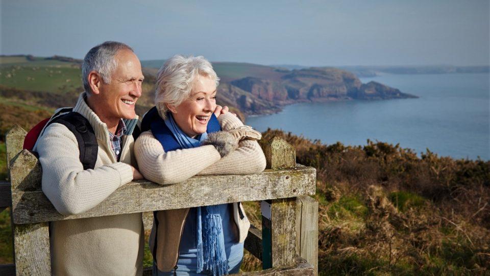 Как хорошо отдохнуть летом пожилому человеку?