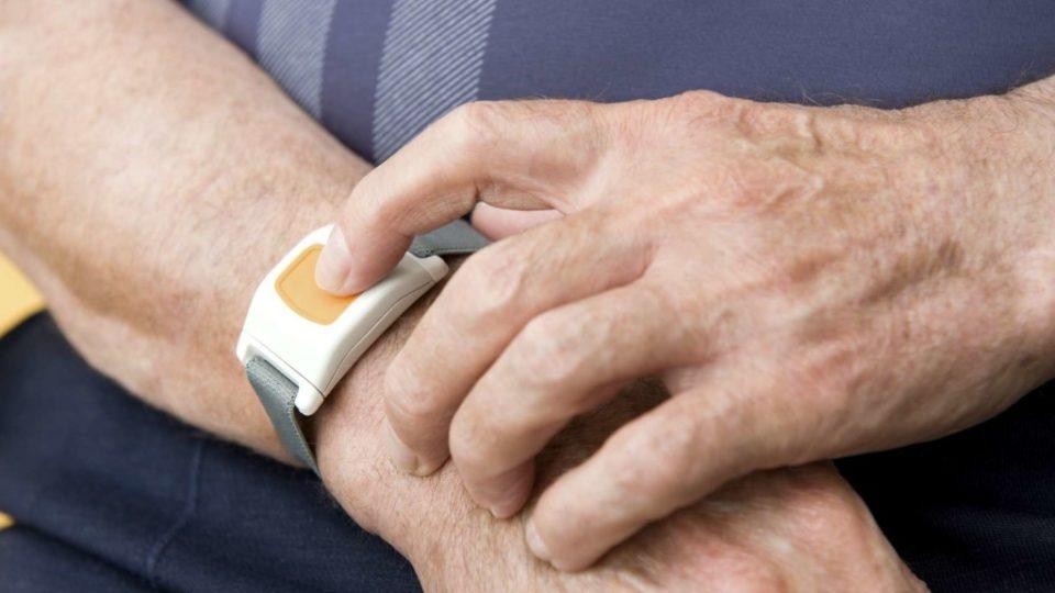 Полезные бытовые приборы для пожилых людей