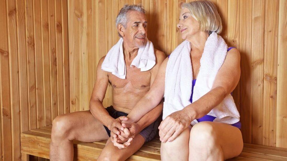 Какую пользу может принести баня пожилому человеку